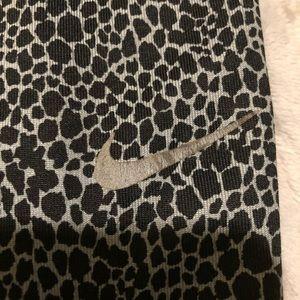 Nike Pants - Women's Nike leggings